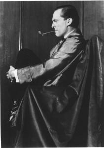 Jeremy-Brett-as-Sherlock-Holmes-sherlock-holmes-14711339-501-713