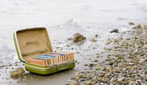 suitcase-books-good-summer-reads_466x268