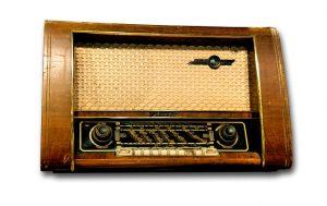 radio-1557185_640